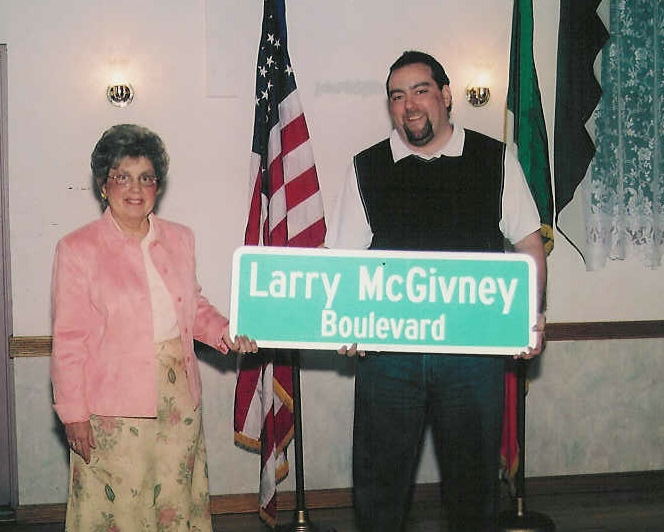 2006-Larry-McGivney